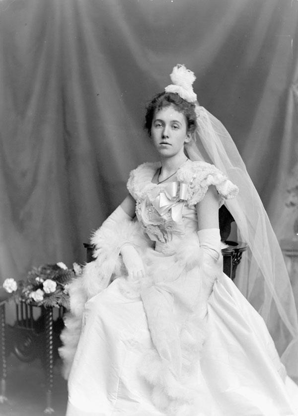 Photo de mariage - Robe de mariee annee 20 ...
