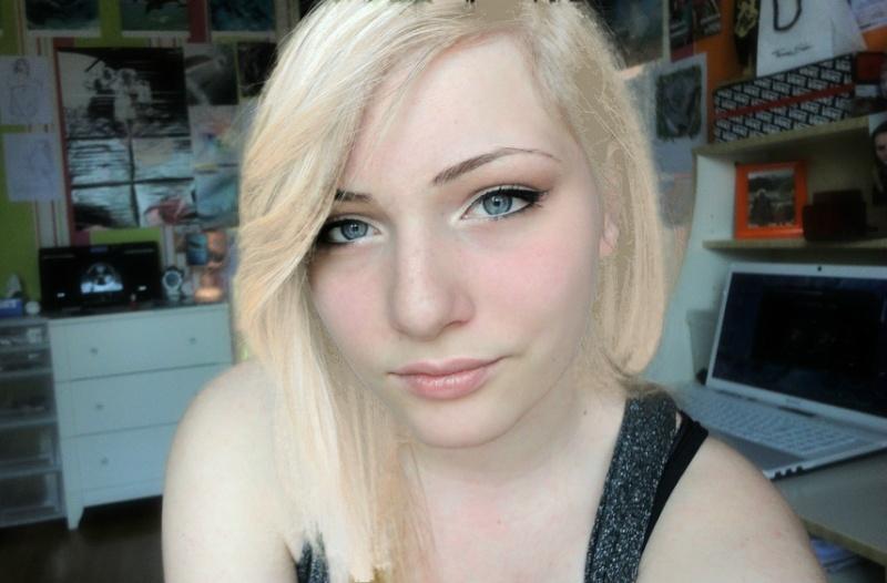 httpi48servimgcomuf4811187414taa2z 11jpg - Coloration Blonde Maison