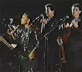 recita10 - Paloma San Basilio y Quilapayún – Recital y Sinfonía de los Tres Tiempos de América (Mérida, 1988) .avi