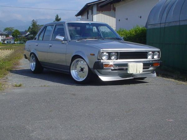 Re: Picture of some toyota old skool car!!