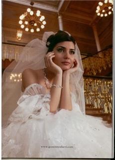 فساتين زفاف للعارضة توبا & لميس & 140b1f10.jpg