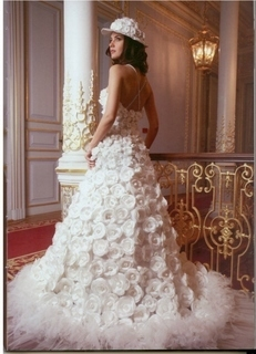 فساتين زفاف للعارضة توبا & لميس & f9b69f10.jpg