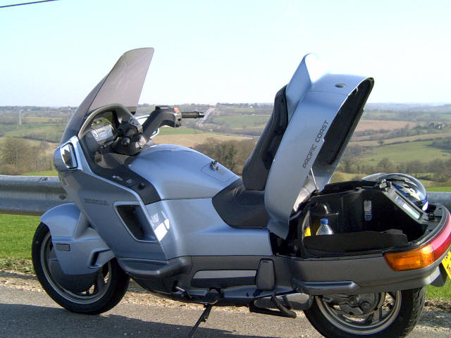 moto honda pacific coast