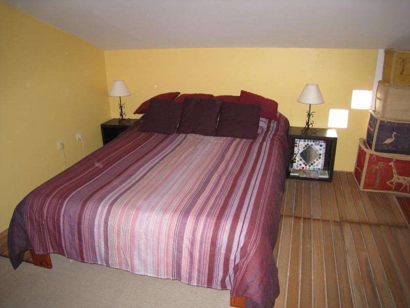 melba974 future chambre de mini miss enfin des chevets pour le coin canap page 2. Black Bedroom Furniture Sets. Home Design Ideas