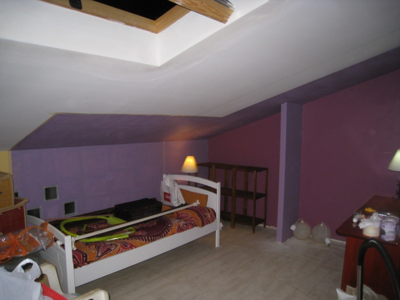 melba974 future chambre de mini miss enfin des chevets pour le coin canap page 11. Black Bedroom Furniture Sets. Home Design Ideas