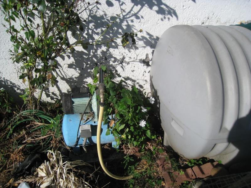 R cup rateur d 39 eau de pluie ou une citerne d 39 eau avec for Eau de pluie potable ou non