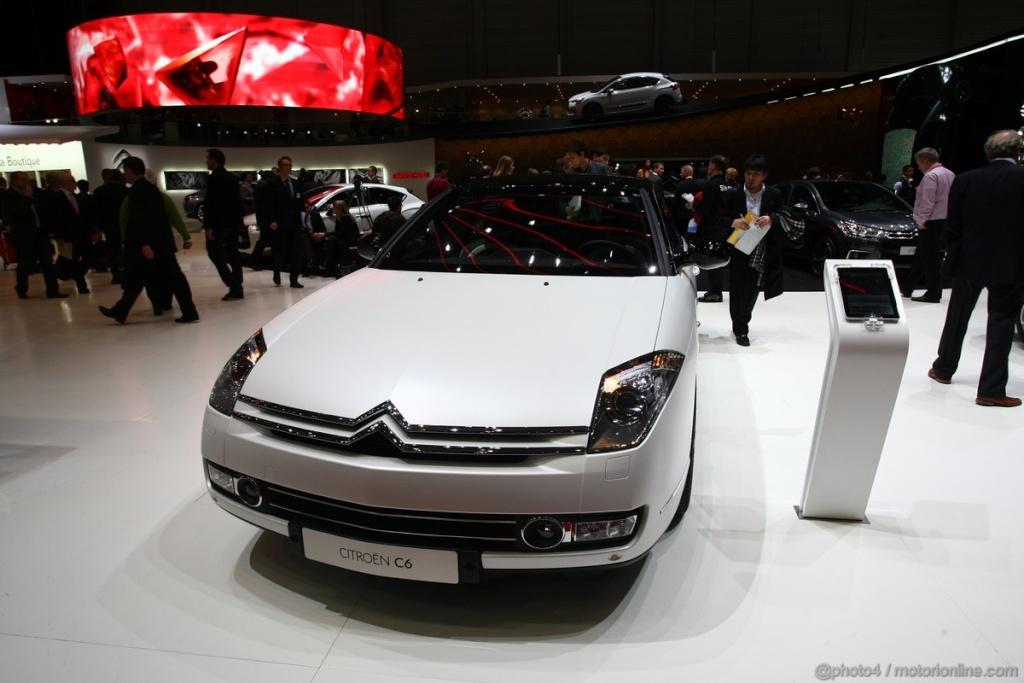 Salon de l'auto Genève 2011 - Citroën C6 Noir Et Blanc (1)