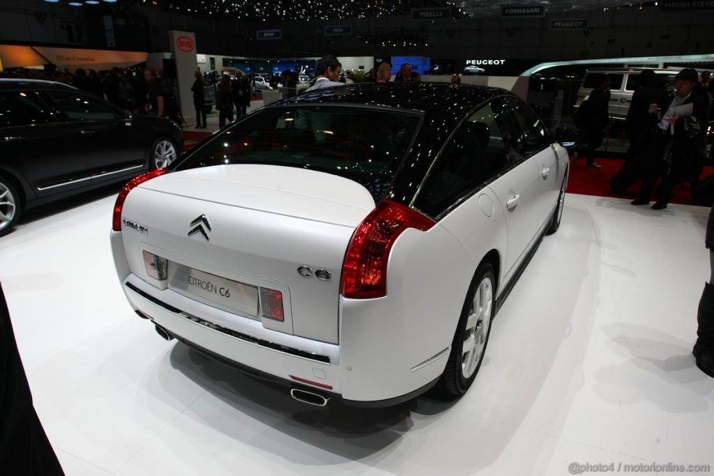 Salon de l'auto Genève 2011 - Citroën C6 Noir Et Blanc (3)