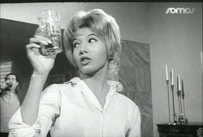 Los cuervos (1961)