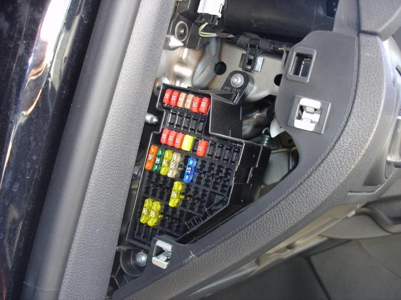 Schema Cablaggio Autoradio Seat Leon : Tuto pose caméra de recul logo golf