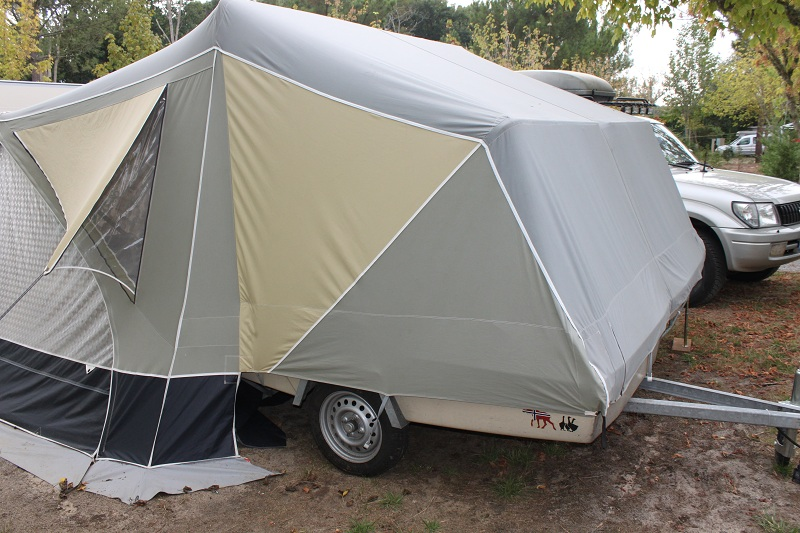 caravane pliante camp let rapid de montage. Black Bedroom Furniture Sets. Home Design Ideas