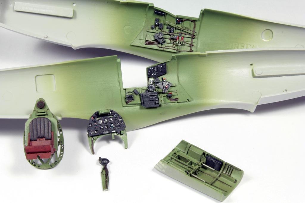 Maquette avion : Supermarine Spitfire MkVb : 1:48  Airfix  Rue des Maquettes