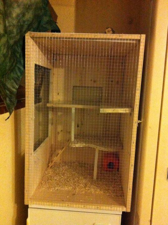 Aidez moi construire ma cage for Accessoire furet fait maison