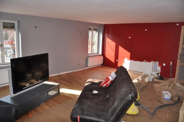 Sy m photos de mon salon en cours besoin de conseils - Salon mur rouge et gris ...