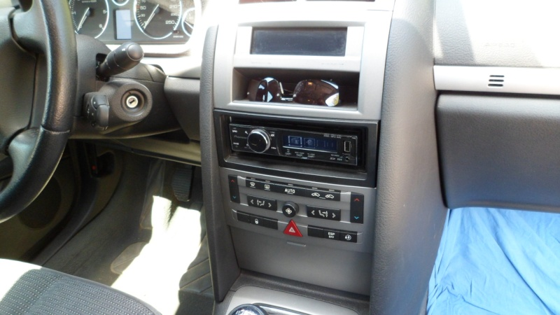 comment demonter autoradio peugeot 407