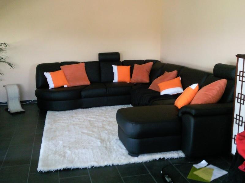 solice pi ce vivre orang rideaux et tableau page 2. Black Bedroom Furniture Sets. Home Design Ideas