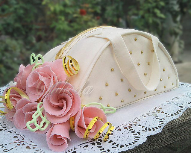Игра твоя сумочка: женские сумки тоннели, сумочка цветок.
